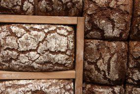 Apple Wholegrain Bread